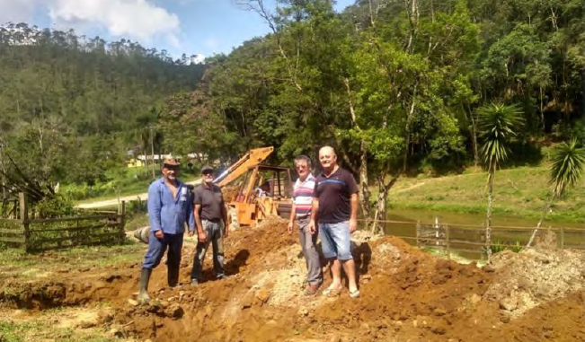 Preparing the rural area for the construction of the biodigestor septic tank