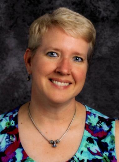 Stephanie Shrake Headshot