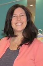 Elaine Griggs Headshot