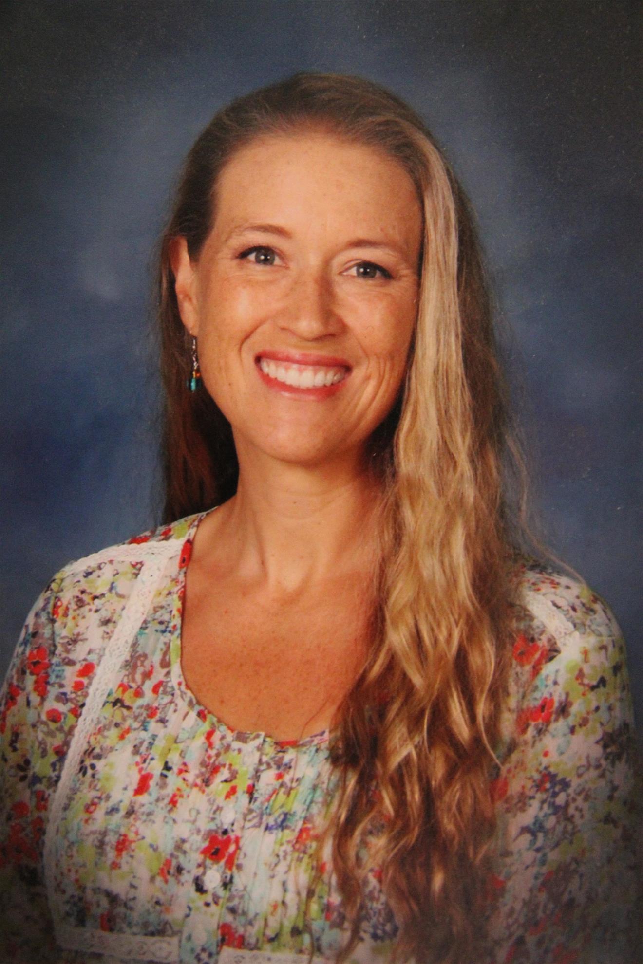Kristie Steinlicht Headshot